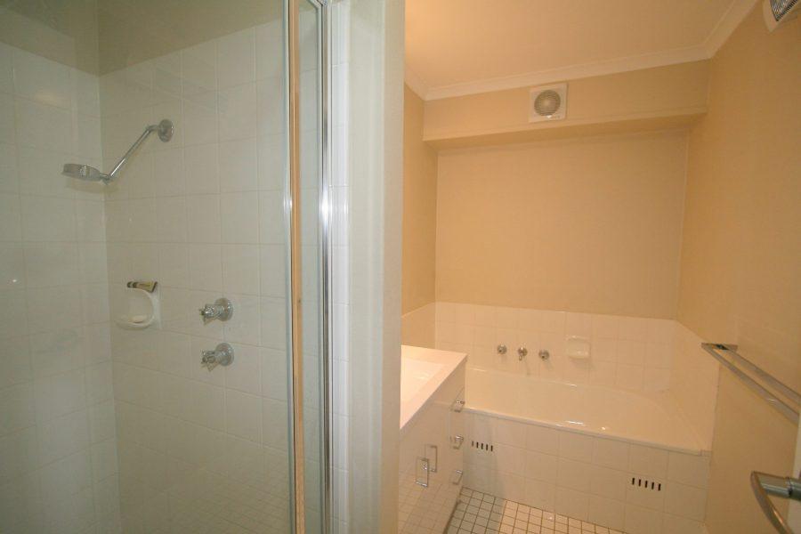 Summit 12, Jindabyne - Bathroom