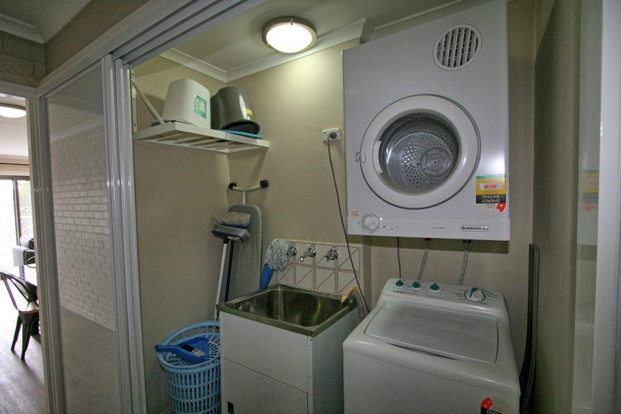 Summit 12, Jindabyne - Laundry