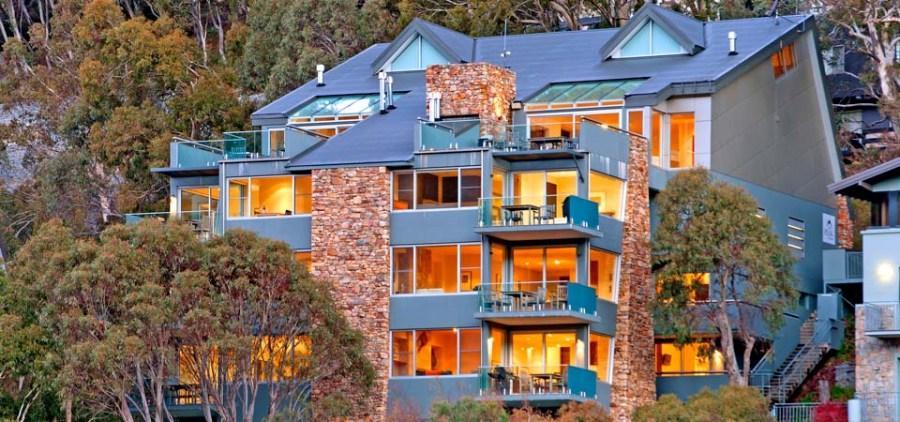 Peak Apartment 4, Thredbo - Front Exterior