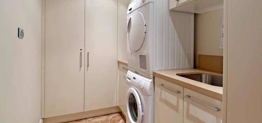Peak Apartment 4, Thredbo - Laundry