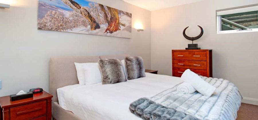 Peak Apartment 4, Thredbo - Bedroom 2