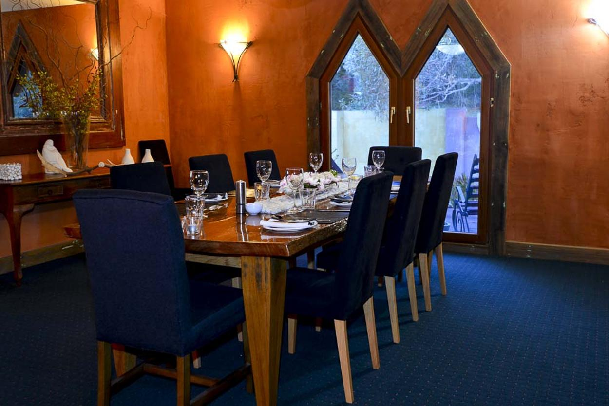 The Point, Tyrolean Village - Dining