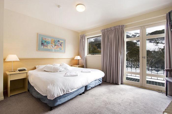 Village Green, Thredbo - Bedroom 1
