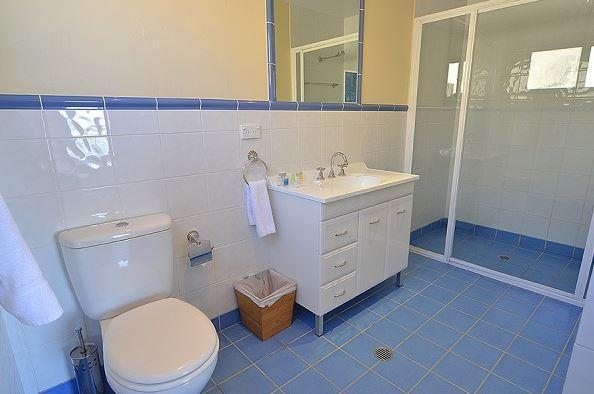 Whistler 4, Jindabyne - Bathroom