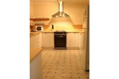Winterwood, East Jindabyne - Kitchen