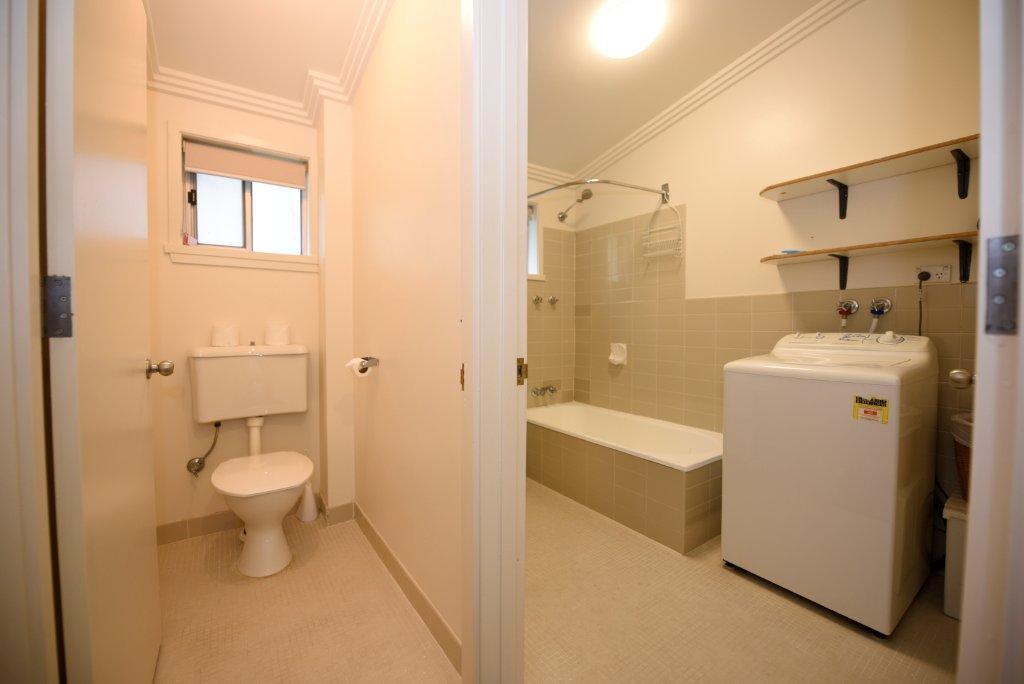 Tombarra 6C, Thredbo - Bathroom, Toilet, Laundry