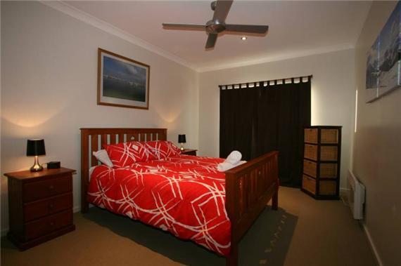 Aspect 1, Jindabyne - Bedroom 1