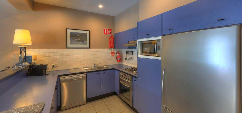 Aspect 4, Thredbo - Kitchen