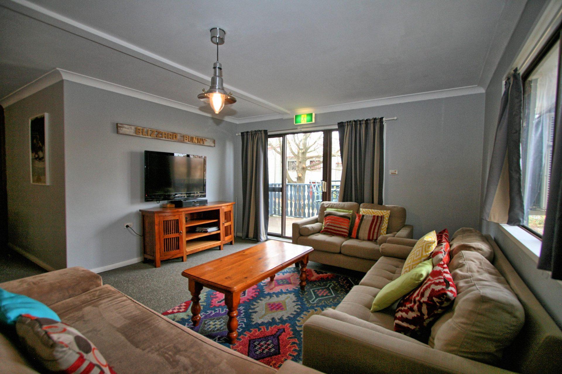 Blizzard Bunny Lodge, Jindabyne - Lounge
