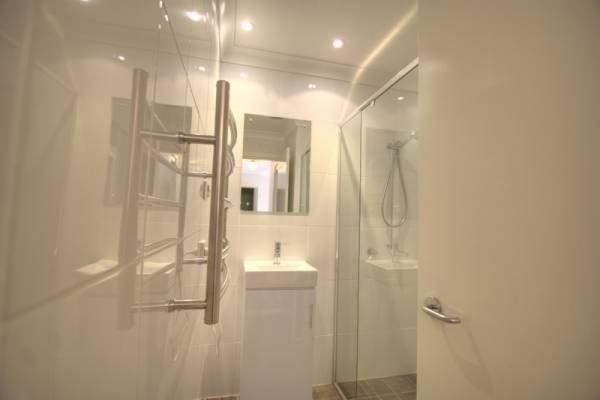 Dauphine 1, Jindabyne - Bathroom