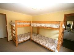 Geminga, East Jindabyne - Bedroom 3