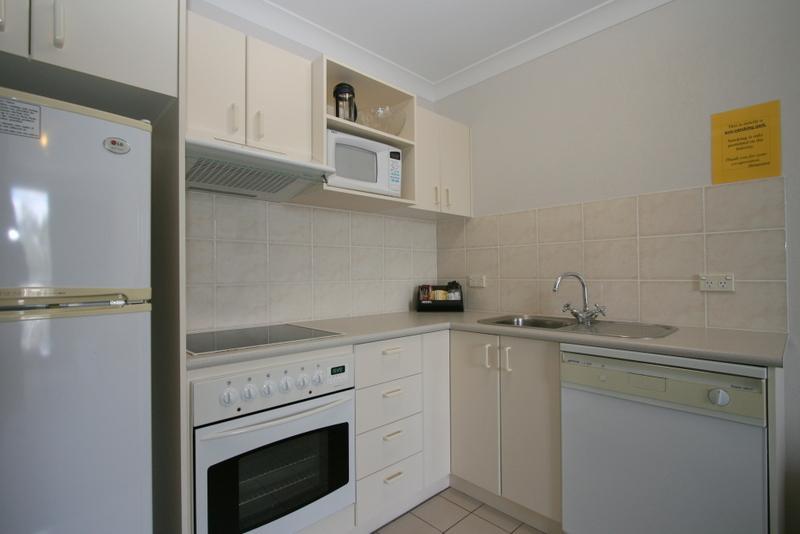 Horizons 417, Jindabyne - Kitchen