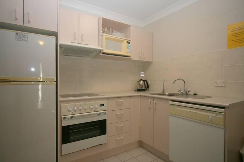 Horizons 505, Jindabyne - Kitchen