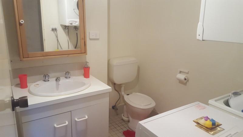 Kirwan 7, Jindabyne - Bathroom
