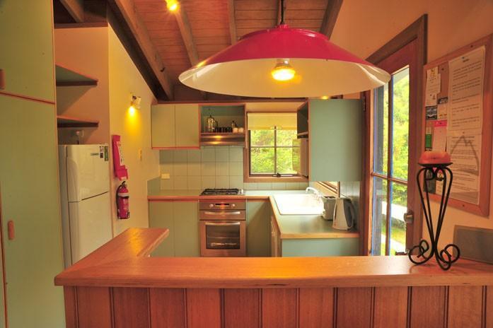 High Plains, Thredbo - Kitchen