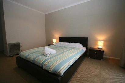Opus 2, Jindabyne - Bedroom 1