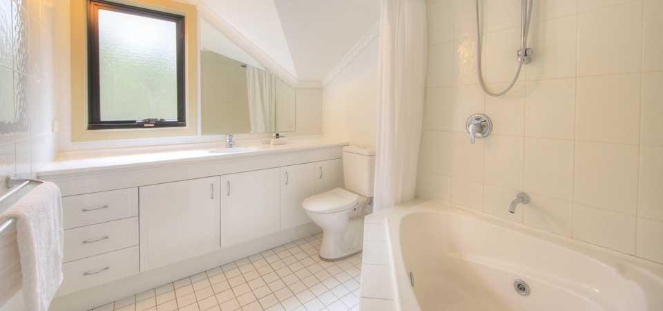 Pagano 4, Thredbo - Bathroom